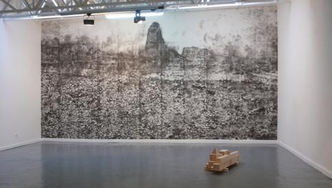 """Vues de l'exposition """"Etat Sauvage"""" à la galerie Sollertis"""